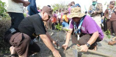 Sako SPN: Memaknai Hari Pramuka dengan Peduli Lingkungan