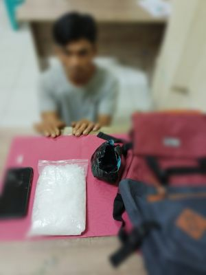 Simpan Setengah Kilo Diduga Narkoba Jenis Sabu, Satres Narkoba Polres Siak Tangkap Pria Paruh Baya